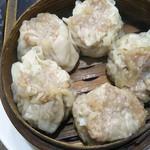 中国料理 登龍 - 折角なので…写真見て美味しそうなシューマイも頼んじゃお♡と追加…
