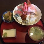 80712490 - 海鮮丼1,300円