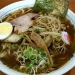 板橋大勝軒なりたや  - 料理写真:野菜ラーメン990円!