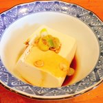 お食事処 稚内 - サービスの湯豆腐?