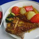 コート・デ・サラ - ゴアセット 2570円   の     魚と野菜のスパイスグリル