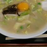 あいちゃんラーメン - 料理写真:あっつあつの中華丼