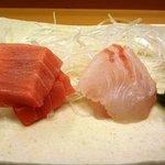 8072073 - 鮪と鯛・・鮪は脂ものり美味しいのですが、鯛は少し乾いていていました。