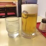 神楽坂飯店 - 水 + 生ビール