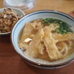 久留米うどん - ごぼう天うどん、かしわ飯
