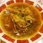 バーミヤン - 料理写真:ネギラーメン701円