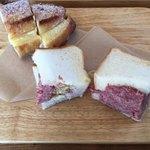手作りハムとパンの店 こぶたのしっぽ -