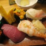 蛇の目寿司 - 海老も美味しいです