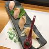 わたつみ - 料理写真:宮崎県産シロチョウザメのにぎり
