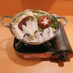 ガラシャ - 岡山県日生産牡蠣を使った牡蠣鍋