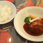 80736749 - サラダランチセット(1000円)、メイン料理・ハンバーグ※限定10食