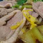 丸亀製麺 - 鴨肉柔らか~い。