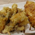 丸亀製麺 - 揚げたては、サクサクジュワワで最高!