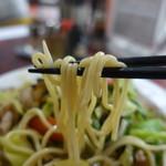 ちゃんぽん屋 - 麺リフト