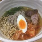 六盛 - 冷麺ハーフ