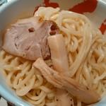 80753617 - 麺のアップ