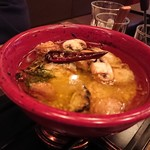 グラード - 広島産カキとマッシュルームのアヒージョ