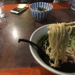 らぁめん 欽山製麺所 - さぬきの夢を使ったという麺 スープが濃いので残念ながら小麦の味は感じる事はなく言うなら中華麺の独特のタマゴの味がしないNe
