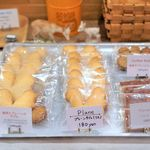 ボリクコーヒー - 店内 焼き菓子メニュー