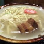 おきナニワん・キッチン - 沖縄そば
