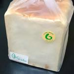 80766080 - 食パン