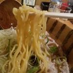 かど家 - 麺リフト