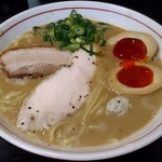 ラーメン あおやま - 料理写真:【鶏白湯 + 味玉】¥800 + ¥100