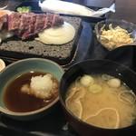 石焼ステーキ 贅  - 味噌汁、大根おろしポン酢