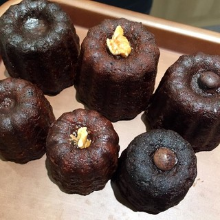 シェ・リュイ - 料理写真:カヌレ(プレーン、メイプル、チョコラ)