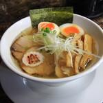 自家製麺 ら~めん かり屋 - 料理写真:特製塩ラーメン 950円