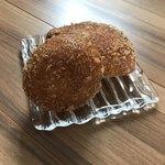 ブーランジュリ シマ - チキンスパイスカレーパン・チーズ揚げパン