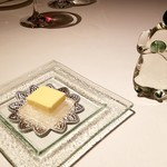 ル・マノアール・ダスティン - バター