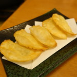 万俵 - チーズ包揚げ