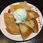 新宿東口 韓国料理 サムギョプサル とん豚テジ - 塩アイスホットク