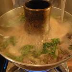 シリンゴル - ホイツァイ鍋(野菜&羊内臓鍋)