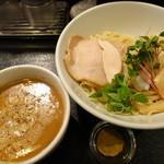 麺のようじ 海 - 料理写真:鯛の白湯つけ麺