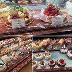 80813840 - 店頭売りのホールケーキが多くで助かります