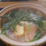 かみ六 - 料理写真:鍋焼うどん 煮えたぎってます!
