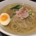 80820195 - 冷麺(小)600円♫雑味のないスープと麺でとても美味しく頂けます^ ^