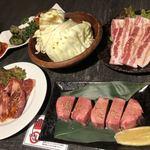 網走ビール館 - どどーーんとお肉たち
