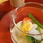 まるもと - 2000円のコース7-1春野菜・イカの土佐酢のジュレ掛け