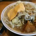 ラーメン荘 歴史を刻め - 【ラーメン + チェダーチーズ】¥750 + ¥50