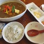 さかぐち - 料理写真:カツカレーうどん(1200円)