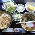 そば処たちばな - 料理写真:カツ丼セット(うどんで)