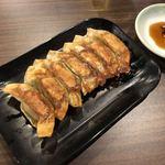 ギョウザ ファクトリー 210 - 料理写真:焼餃子
