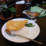 シロカッコヤ - 料理写真:チキンカレー(ライス少な目)