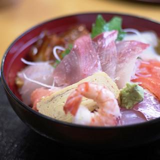 たお - 料理写真:海鮮丼
