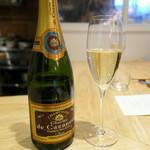 et NOU - シャンパンから