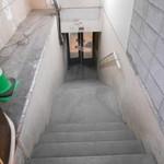 玉川食堂 - 階段降りたら右手です
