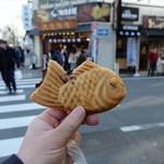 鳴門鯛焼本舗 - 十勝産小豆鯛焼き(税込み194円)